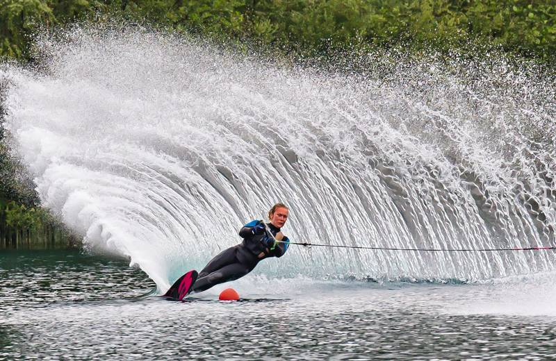 Waterski Slalom