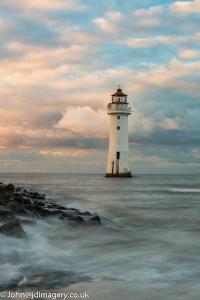 Perch rock lighthouse (high tide)