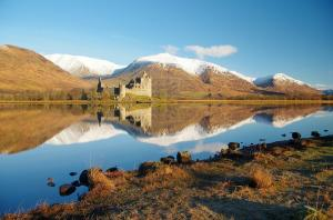 Kilchurn Castle & Loch Awe-Scotland.