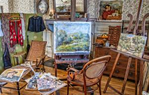 Renoir working studio